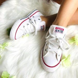 Unisex White Converse Chuck Taylor All Star